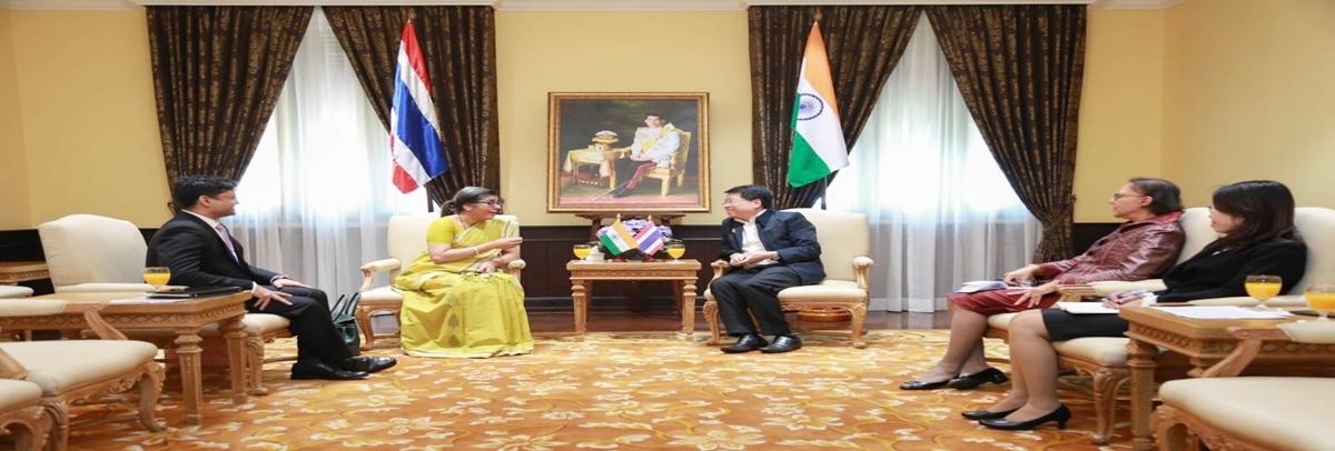 ความร่วมมือด้านการศึกษากับเอกอัครราชทูตสาธารณรัฐอินเดีย ประจำประเทศไทย