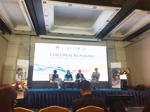CRC30 Children in ASEAN2 1 11 2562